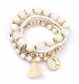 Set van 6 kralen armbanden met kwastje - Wit