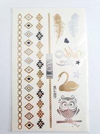 Flash tattoos love goud/zilver
