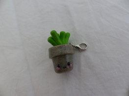 Handmade bedel plant in potje