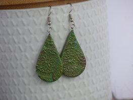 Handmade druppel oorbellen - Light forest green