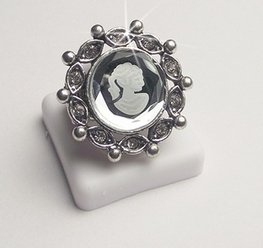 Strass ring rond met cameo
