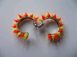 Rubber spike oorbellen Neon geel/neon oranje