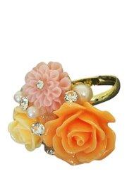 Ring met zalm roze bloemen en strass
