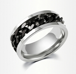 Stainless steel ring met zwarte schakelketting