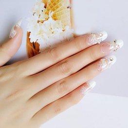Press-on nagels wit kant