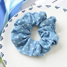 Scrunchie licht  jeans blauw - stip