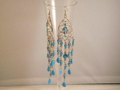 Lange oorbellen blauw