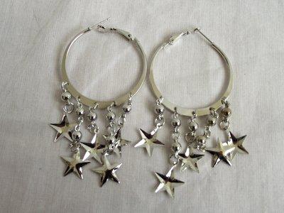 Zilveren oorbellen met sterretjes