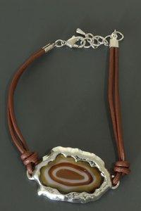 Armband met platte steen -Bruin