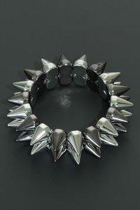 Elastische armband spikes zilverkleurig