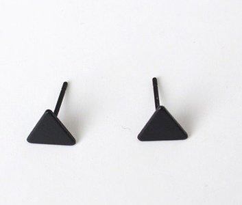 Oorknopjes driehoek zwart