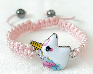 Armband licht roze met wit eenhoorn hoofd