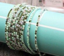 Set van 5 elastische groene strass armbanden